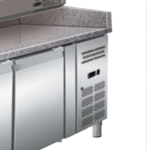 Banc refrigerat pentru pizza, capacitate neta 635 litri, temperatura de lucru +2°C/+8°C, dimensiuni 2000x395x435mm,  alimentare 220V, putere 230W, greutate 37kg